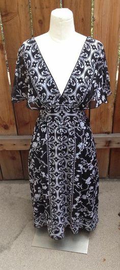 Lovely White House Black Market Silk Dress Sz 8