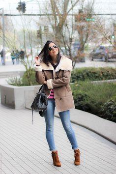 look do dia casaco quente jeans bota santiago chile borboletas na carteira fashion estilo style_-7