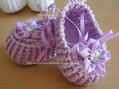 AS RECEITAS DE CROCHÊ: Sapatinho de Bebê em crochê - receita