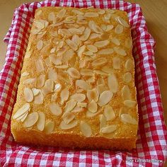 Sugee cake-- I am always looking for the perfect recipe. I looooove sugee cakes. Thank you for posting the recipe. Sugee Cake, Bread Cake, Cake Cookies, No Bake Cake, Baking Recipes, Cake Recipes, Dessert Recipes, Baking Ideas, Cupcakes