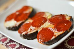 eggplant pizza EggPlant Pepperoni Pizza Recipe #Healthy #Glutenfree