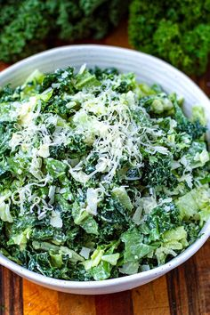 Nutrient-dense and delicious, this creamy, cheesy leafy green salad is fantastic as a side dish or a light main, especially with extra protein on top. Made with healthy leafy greens like kale, parsley and rocket (arugula), this salad is brimming with vitamins and antioxidants, and is low-carb, keto and gluten-free. Green Vegetable Recipes, Arugula, Stuffed Green Peppers, Parsley, Kale, Side Dishes, Vitamins, Protein, Low Carb