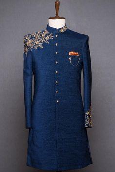 Mens Wedding Wear Indian, Sherwani For Men Wedding, Mens Indian Wear, Wedding Dresses Men Indian, Wedding Dress Men, Indian Men Fashion, Indian Bridal Fashion, Wedding Suits, Tuxedo Wedding