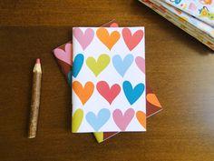 Caderno Corações (fundo branco), do Atelier Joliz