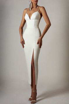 Fitted dress from LN family Elegant Dresses, Pretty Dresses, Sexy Dresses, Beautiful Dresses, Fashion Dresses, Prom Dresses, Formal Dresses, Glamouröse Outfits, Classy Outfits
