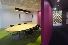 #CommonwealthBank #Sidney #Unifor #Unifurniture #design