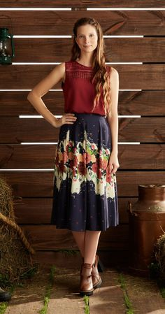 Só na Antix Store você encontra Saia Midi Begonias com exclusividade na internet Fashion Moda, Boho Fashion, Girl Fashion, Fashion Dresses, Skirt Outfits, Dress Skirt, Dress Up, Cute Outfits, Vestidos Chiffon