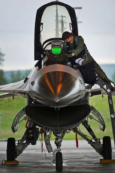 Red flag by Official U.S. Air Force, via Flickr