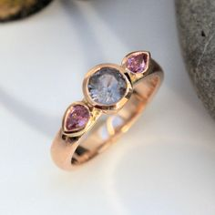 Grey and pink Sapphire rose gold ring Sapphire Rose Gold Ring, Pink Sapphire, Gold And Silver Rings, Heart Ring, Grey, Jewelry, Mindful Gray, Jewellery Making, Jewels