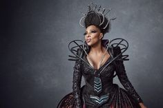Mary J. Blige is Evilene, a.k.a. the Wicked Witch of the West, in NBC's The Wiz.  Premieres December 3 on NBC.