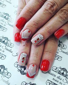 "56 Likes, 2 Comments - Jéssica Dos Santos (@jehhdossantoss) on Instagram: ""Preto lindo! #ateliedaje #unhasdecoradas #unhaslindas #agenteama #vempraca #pedrarias ❤❤❤"""
