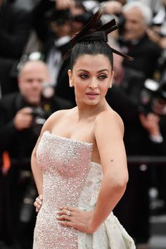 """Aishwarya Rai Bachchan at the screening of """"Sink Or Swim (Le Grand Bain)"""" during the annual Cannes Film Festival at Palais des Festivals on May 2018 in Cannes, France. Aishwarya Rai Cannes, Aishwarya Rai Photo, Actress Aishwarya Rai, Aishwarya Rai Images, Bollywood Images, Bollywood Actress Hot Photos, Indian Bollywood Actress, Indian Actresses, Miss Mundo"""