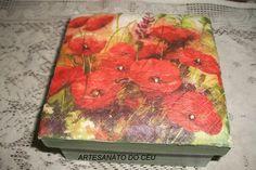 Caixa Almofadada Papoulas - R$ 20,00 Cod. PCX 146