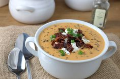 Roasted Red Bell Pepper and Cauliflower Soup Shared on https://www.facebook.com/LowCarbZen | #LowCarb #Soup
