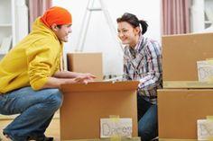 Damit beim Auspacken kein Chaos entsteht sollten Sie Ihre Umzugskartons richtig packen. Wie Sie vorgehen, verrät unsere Checkliste mit Tipps für Bücher, Geschirr und Kleidung.Glückwunsch! Sie haben eine neue Wohnung gefunden und sind jetzt dabei den Umzug zu organisieren. Ansonsten würden Sie diesen Artikel hier nicht lesen. ;-) Wenn alle Vorbereitungen, wie Entrümpeln der alten Wohnung un ...