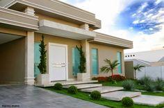 Fachadas de casas com escadas na frente - veja entradas lindas e modernas!