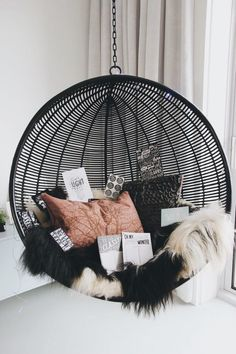30 Cozy Hanging Chair Designs For Indoor And Outdoor Room Decor Bedroom chair COZY Designs Hanging Indoor outdoor Cute Bedroom Ideas, Cute Room Decor, Room Ideas Bedroom, Girl Bedroom Designs, Bedroom Decor, Bedroom Loft, Master Bedroom, Bedroom Ideas Creative, Room Decor For Girls