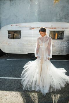 Best of Wedding dresses. soft tulle gown with high neckline, billowing bishop sleeve and buttoned cuff Bridal Looks, Bridal Style, Bridal Dresses, Wedding Gowns, Look Fashion, Fashion Outfits, Dress Vestidos, Moda Chic, Tulle Gown