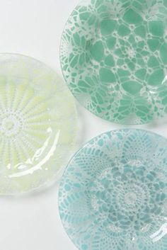 Frosted Doily Dessert Plate