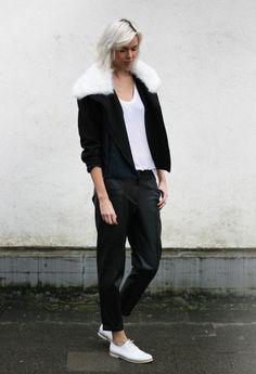 Choiesjacket,Samsoe Samsoetee,HM Trendleather pants,Vagabondbrogues (image:connectedtofashion)