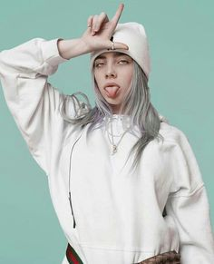 ❇ Billie Eilish ❇ Beauty Trends 2019 gen z beauty trends Billie Eilish, New Artists, Music Artists, Short Hair Dont Care, Chica Cool, Videos Instagram, Girl Crushes, My Idol, Beautiful People