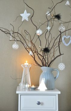 Silver and white color combination look surreal. It is reminiscent of the icy winter days. So this Christmas, forget the traditional green and red and opt for silver and white theme instead. It is neutral and can be used all…