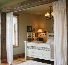 Фотография: Спальня в стиле Кантри, Советы, Бежевый, Серый, Мебель-трансформер, кровать-трансформер, диван-кровать – фото на InMyRoom.ru