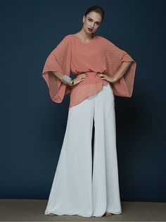 Fashion Tv, Fashion Pants, High Fashion, Wide Legs, Wide Leg Pants, Types Of Trousers, Pants Outfit, Bell Bottoms, Work Wear
