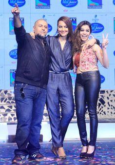 Sonakshi Sinha at the launch of Indian Idol Junior with Vishal Dadlani and Shamali Kholgade.