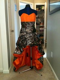 Camo dress! Add pink and it'd be perfect!