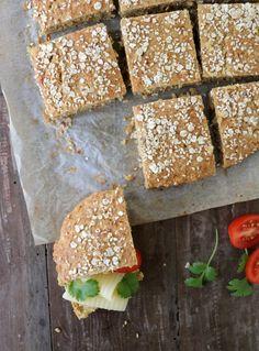 Proteinrike havrebriks - LINDASTUHAUG Gluten Free Buns, Superfoods, Food Inspiration, Nom Nom, Health Fitness, Food And Drink, Low Carb, Tasty, Healthy Recipes