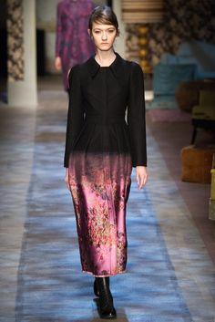 So on love with Erdem collection!! Erdem - Fall 2015 Ready-to-Wear - Look 9 of 36?url=http://www.style.com/slideshows/fashion-shows/fall-2015-ready-to-wear/erdem/collection/9