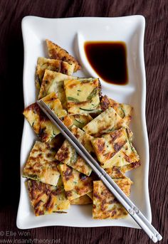 Korean zucchini pancakes – hobak jeon!