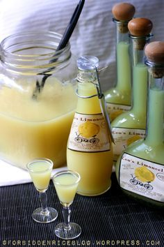 An Italian woman I used to work with brought this to our Christmas party one year. It's like a shot of lemon meringue pie! So delicious and dangerous considering the alcohol. I LOVE Limoncello it is THE BEST ♡♡ Party Drinks, Cocktail Drinks, Cocktail Recipes, Alcoholic Drinks, Lemon Curd Dessert, Lemon Desserts, Homemade Limoncello, Homemade Liquor, Homemade Liqueur Recipes