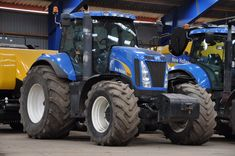 NH 8020 New Holland Ford, New Holland Tractor, New Holland Agriculture, Besta, Ford News, Farm Life, Fiat, Logan, Ranch