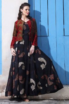 Trendy black chanderi cotton gown with jacket Designer Gowns, Indian Designer Wear, Designer Kurtis, Designer Anarkali, Indian Gowns Dresses, Indian Outfits, Stylish Dresses, Fashion Dresses, Gown With Jacket
