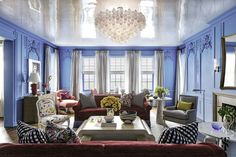Colorful walls embrace this stunning room (Summer Thornton Design) - The Fresh, Colorful Interiors of Summer Thornton - Luxury Interior Design, Home Design, Interior Ideas, Popular Paint Colors, Blue Rooms, Saturated Color, Photo Instagram, Custom Furniture, Furniture Online