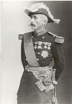 Marquis de Galliffet by Félix Nadar. a probable original of General de Froberville.