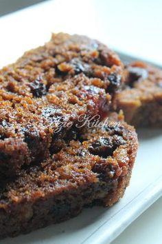 Azie Kitchen: Kek Bu ah Kukus Lembab dan Sedap Azie Kitchen Boiled Fruit Cake, Cookie Recipes, Snack Recipes, Resep Cake, Cupcake Cakes, Fruit Cakes, Cupcakes, Steamed Cake, Tasty Kitchen