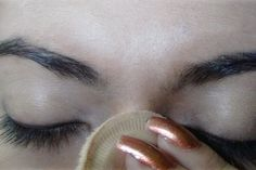 Here is a simple daily eye makeup tutorial with pictures. Follow these simple and easy steps to make your everyday eye makeup more beautiful.