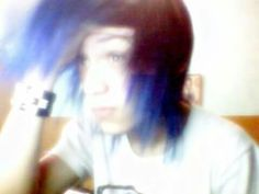 I loved my purple hair *~* Mechlin Rómeó #emo #emoboy #emohair #scenehair #boy #emos #hot #hottie #adorable