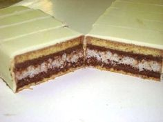 luxusný zákusok - My site Czech Recipes, Ethnic Recipes, Oreo Cupcakes, Dessert Bars, Vanilla Cake, Nutella, Baking Recipes, Baked Goods, Sweet Recipes