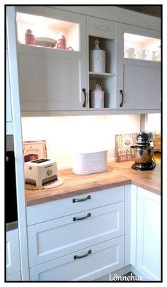 Häcker Küchen: Bristol Vanille #Landhausstil   Küche Landhausstil ...