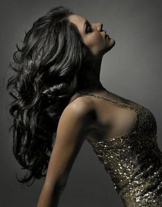 Indian women know the secret to maintaining beautifully strong, long, healthy hair is consistent oiling of the hair. {See why oiling the hair works in The Secret to Long Lustrous Hair}Whether it is Step By Step Hairstyles, Diy Hairstyles, Pretty Hairstyles, Hair Issues, Natural Hair Styles, Long Hair Styles, Natural Beauty, Hair Oil, Grow Hair