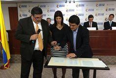 Alcalde de Popayán César Cristian Gómez Castro, firmó 'Pacto por la Transparencia'.