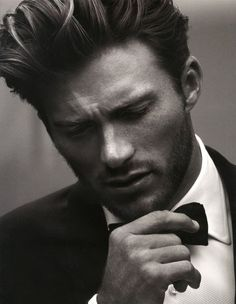 Scott Eastwood is Captured Poolside for Man of the World