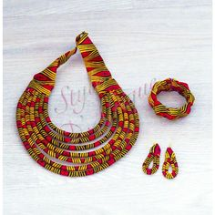 African Necklace, African Jewelry, Ethnic Jewelry, Jewellery, African Fashion Traditional, Bracelets Bleus, Fabric Jewelry, African Fabric, Fashion Necklace