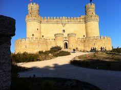 Os invitamos a pasear por el castillo de Manzanares del Real. #historia #turismo  http://www.rutasconhistoria.es/loc/castillo-de-manzanares-del-real