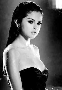 This love will be the death of me, but I know I'll die happily. ~Selena Gomez