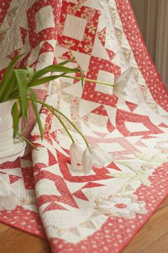 Kiss Me quilt by Fig Tree.  Love love love.
